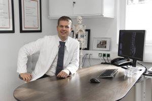 Dr. Christian Behrendt