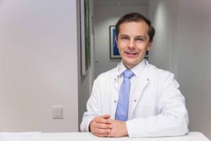 Dr. Karl Vanas